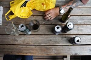 Gården øl ved bord